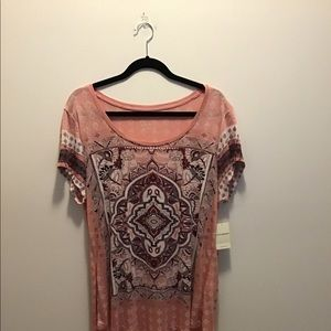 Lucky top capsleeved nwt